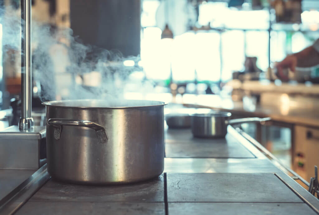 Hungry Bites: Ghost Kitchens – The future of gastronomy